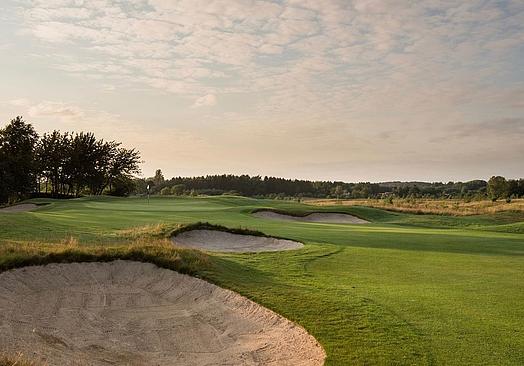 Simons Golf Club